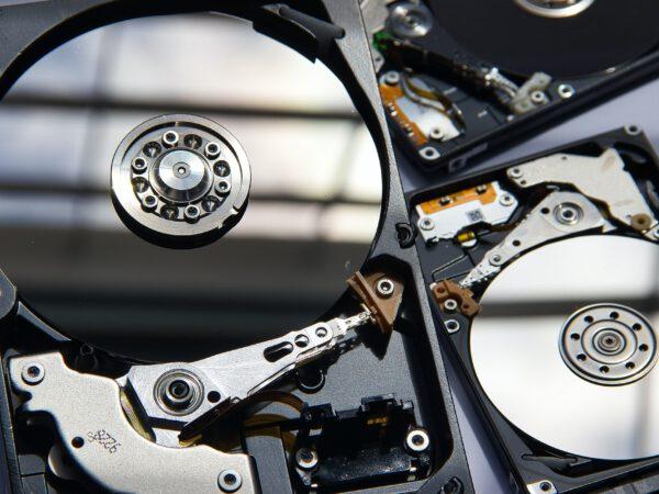 Outsourcing IT czyli zabezpieczenie informatyczne dla średnich firm.